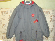 Демисезонняя куртка на подростка(б/у), рост 140