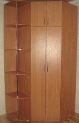 Продам вместительный угловой шкаф в отличном состоянии!