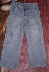 Продам симпатичные джинсики на мальчиков