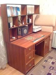 Продам деревянный стол для офиса или для дома
