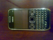 Продам Nokia E72  с голд крышкой