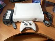 Продам xbox 360 Arcade. НЕдорого. Состояние отличное. Gta 4 в подарок