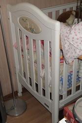 Детская кроватка,  белая,  деревянная,  Сделано в Португалии,  Trama б/у