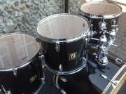 Продам барабанную установку SONOR 1003 в хорошем состоянии!!!