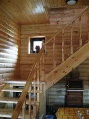 лестницы,  ступени,  подступенники,  перила. Сибирская лиственница,  кедр,