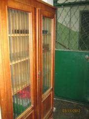 Старинный шкаф
