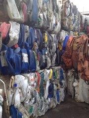 Постояяно закупаем отходы бутылочки ПЭНД (моющие и чистящие средства,