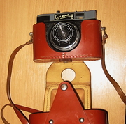Смена-8 (не М) и Premier PC-661 - два пленочных фотоаппарата