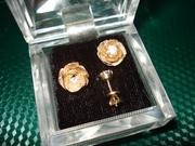 Серьги-гвоздики с бриллиантами