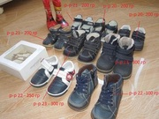 Обувь на мальчика р-р 20-23.