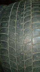Зимние  шины Bridgestone 255/50 R19