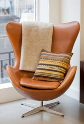Дизайнерское кресло Эгг,  бежевый кожзам