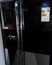 СРОЧНО продам холодильник Samsung черный стеклянный. Очень красивый!