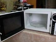 Продам микроволновку на запчасти или под ремонт