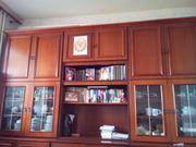 Продам мебельную стенку б/у
