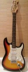 Электрогитара Fender Stratocaster и Комбик в идеальном состоянии
