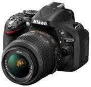 Продам фотоаппарат Nikon d5200 Kit