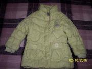 Продам бу демисезонную салатовую куртку на девочку 6-7 лет (пос. Кот)