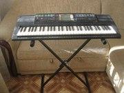 Продам синтезатор Yamaha PSR-330.