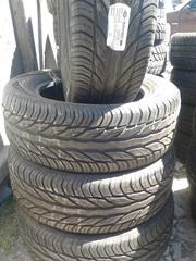 Продам комплект шин б/у лето 225/60 R16 Uniroyal