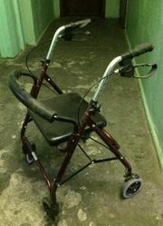 Кресло- каталка-Ходунок