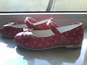 Продам б/у туфельки для девочки