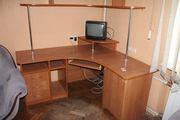 Продам большой компьютерный стол