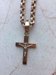 Продам золотую цепочку с крестиком