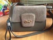 Продам сумку-клатч бежевого цвета эко-кожа в комбинации с замшем