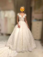Шикарное свадебное платье продам