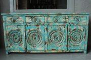 Вся мебель из Индии уникальна и сделана вручную из массива натуральног