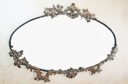 Продам - старинное настенное зеркало в бронзовом оформлении